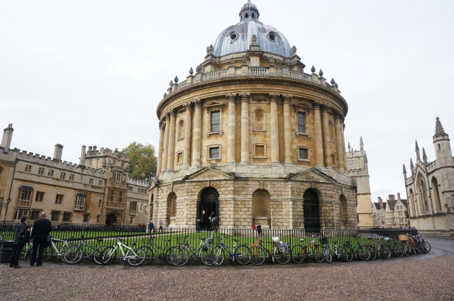 A small building that is apart of the Bodleian Library.